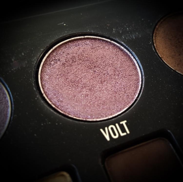 Kat Von D Metal Matte Palette - Volt