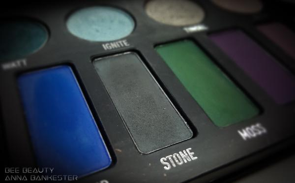 Kat Von D Metal Matte Palette - Stone