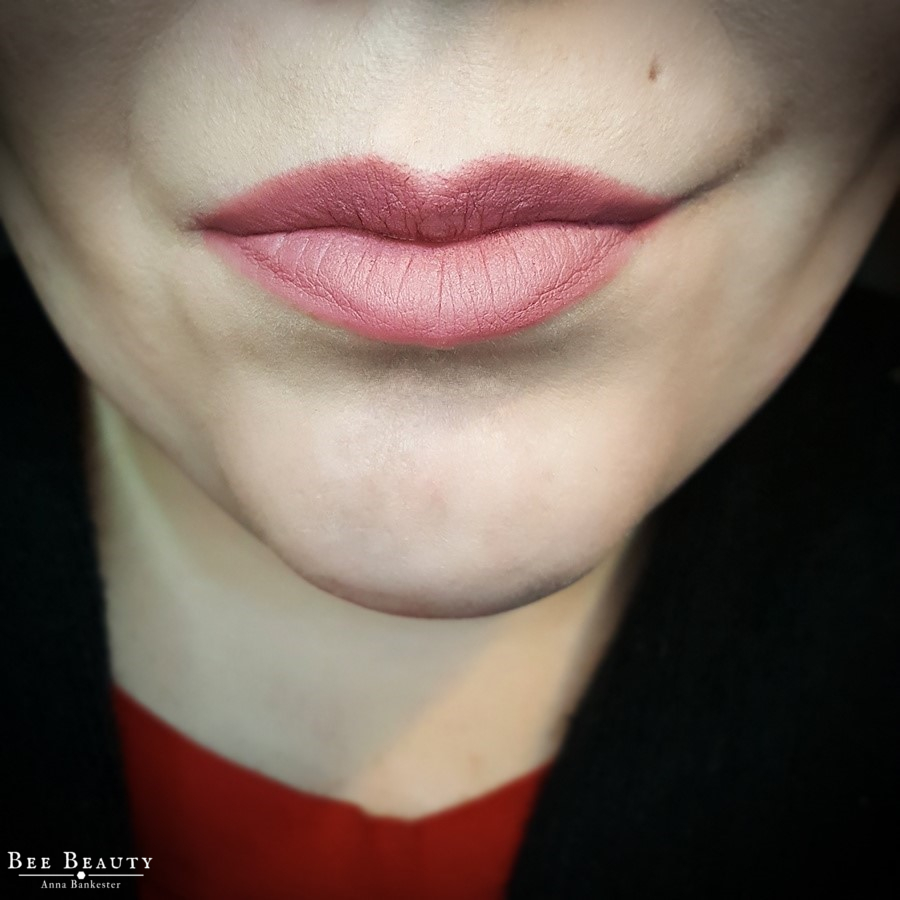 Kat Von D Studded Kiss Lipstick - Lovecraft