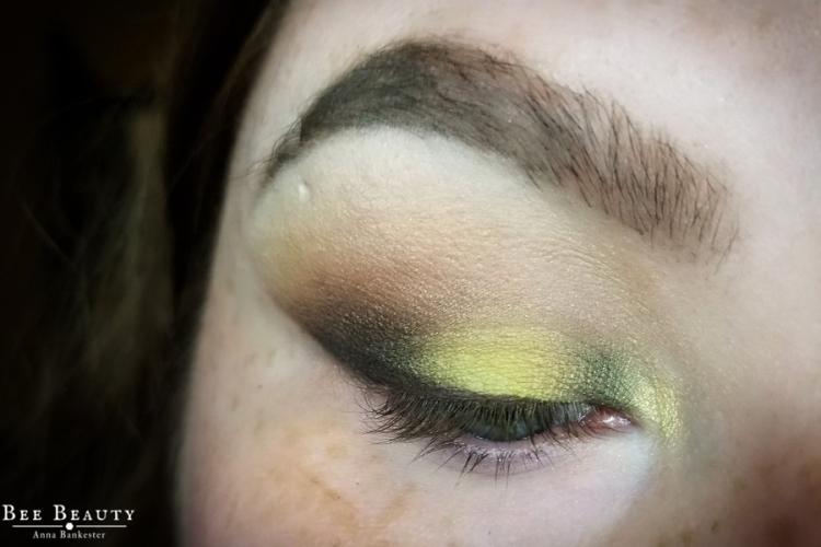 creepy green light (15)