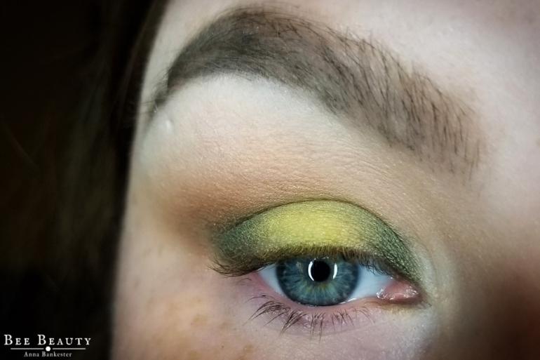 creepy green light (9)