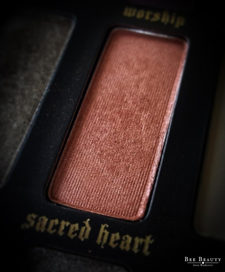 Kat Von D Saints & Sinners Palette - Sacred Heart