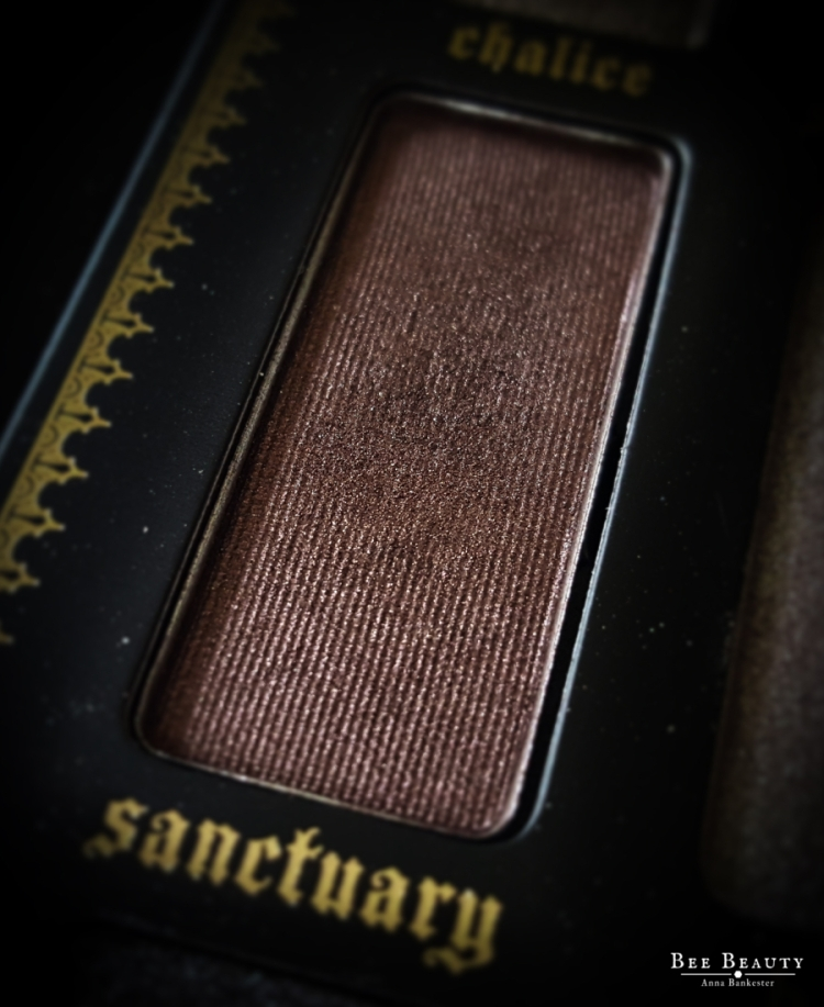 Kat Von D Saints & Sinners Palette - Sanctuary