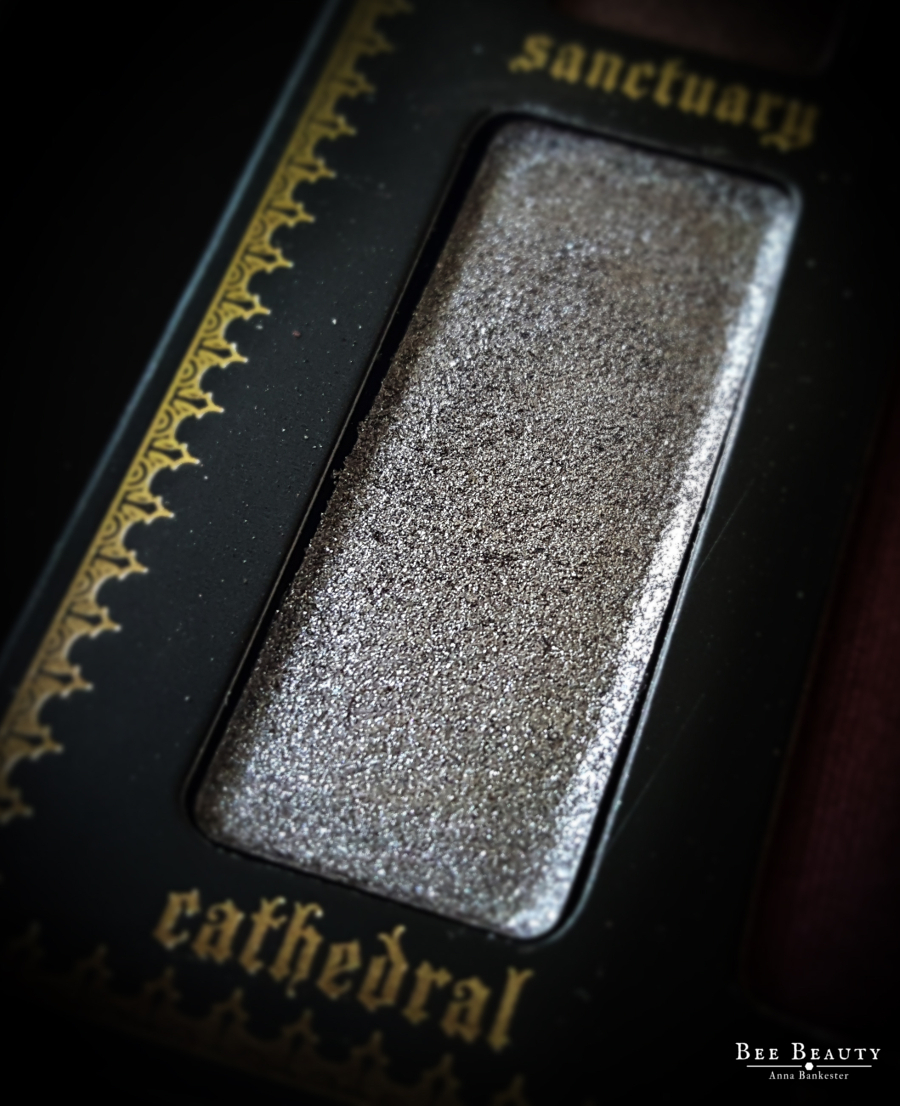 Kat Von D Saints & Sinners Palette - Cathedral