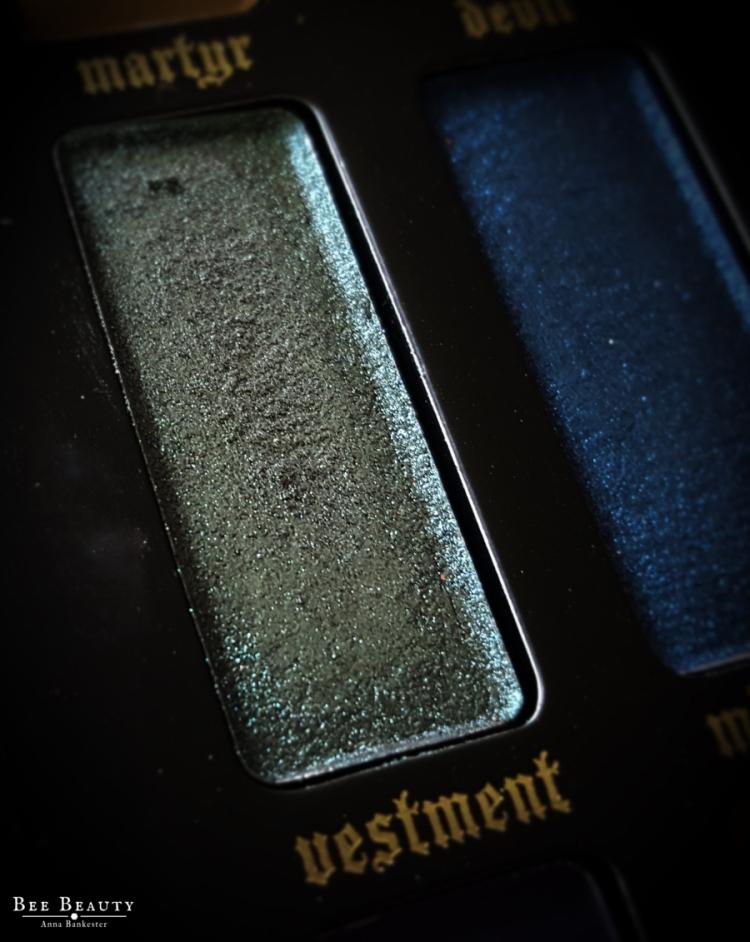 Kat Von D Saints & Sinners Palette - Vestment