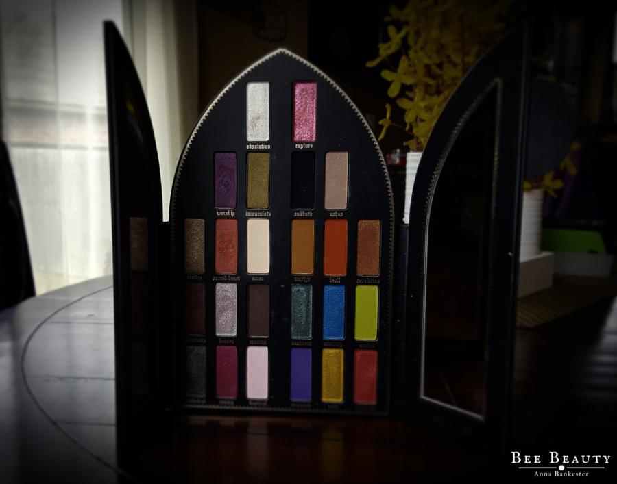 Kat Von D Saints & Sinners Palette