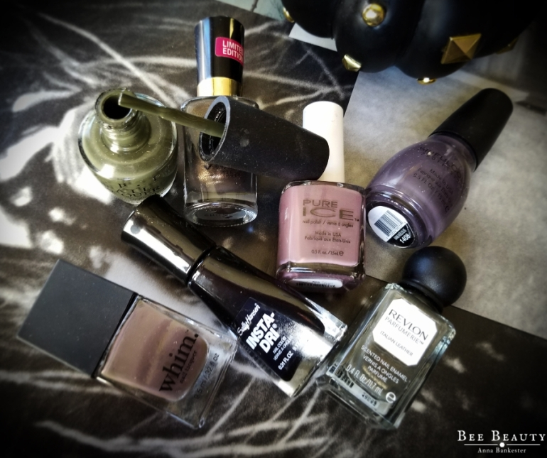 Opi - Suzi First Lady of Nails. Sally Henson Insta-Dry in Black to Black. Wet N Wild Megalast in Ninja Lovelace. Pure Ice in Absolutely Mauvelous. Whim in Spanish Lover. Revlon Parfumerie in Italian Leather. Sinful Color in Mauvelous.