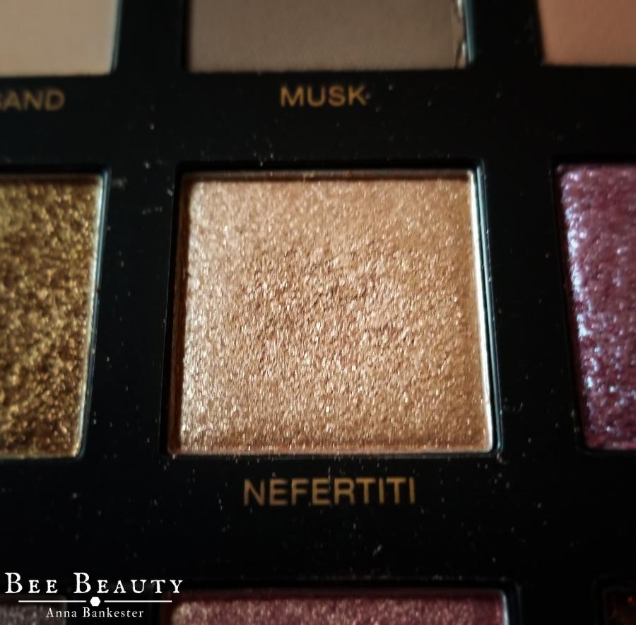 Huda Beauty Desert Dusk Palette - Nefertiti