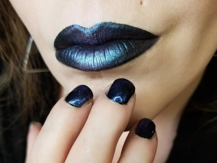 Get the Look | Tech Noir - Retro Futurism/Vaporwave/Cyberpunk Halo Eye Makeup Tutorial Inspired by Gunship Feat. Huda Beauty