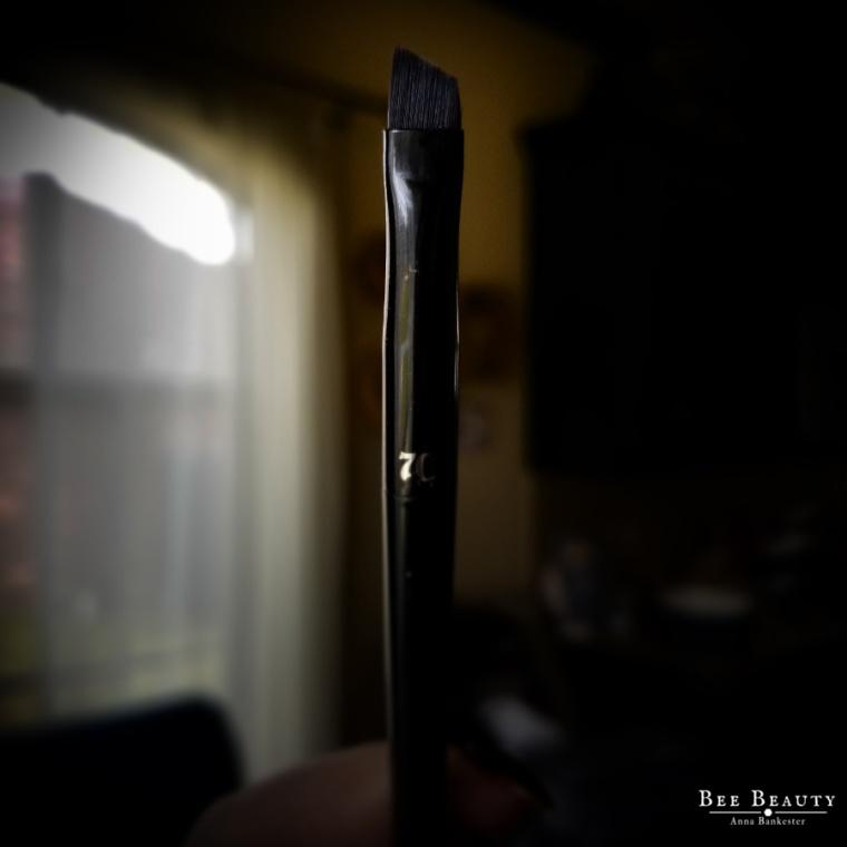 Kat Von D Pomade Brow Brush #70