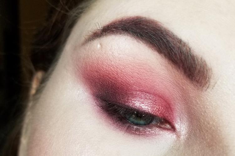 velvet darkness (30)