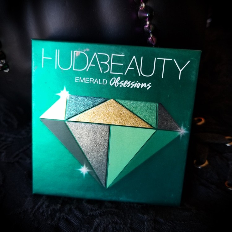 Huda Beauty Emerald Obsessions