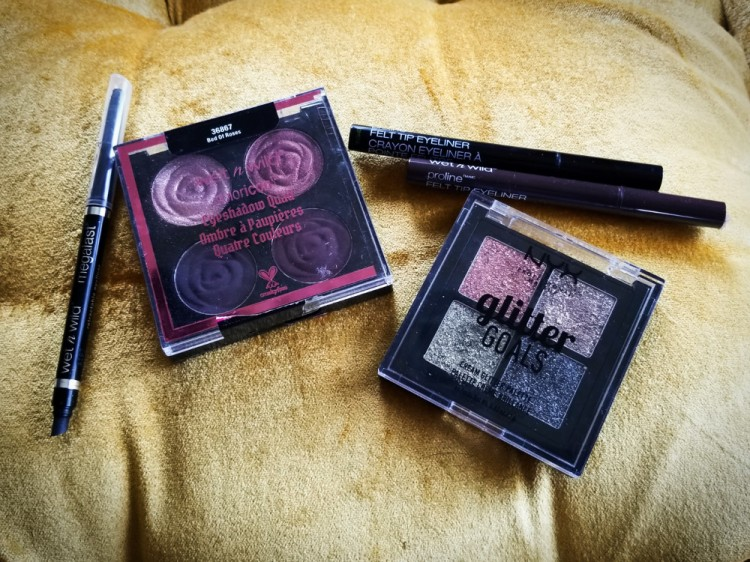 Wet N Wild Rebel Rose Eyeshadow Quad in Bed of Roses. Nyx Glitter Goals Galactica.